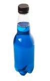 Blått färgad sodavatten dricker II Arkivfoto