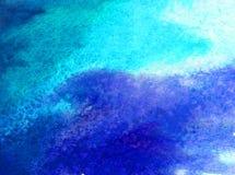 Blått för havet för världen för abstrakt begrepp för vattenfärgkonstbakgrund slår undervattens- texturerad suddig fantasi för våt Arkivbild
