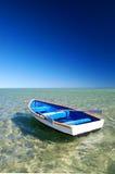 blått fartyg little Royaltyfri Bild