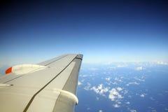 blått flyg arkivbilder