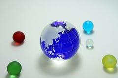 blått glass jordklot Arkivbild
