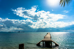 Blått hav och blå himmel Arkivbild