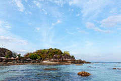 BLÅTT HAV på den Lipe ön, Thailand Arkivfoto