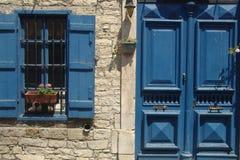 blått hus royaltyfri fotografi