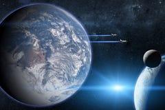 blått jordplanet Rymdfärjor som tar av på en beskickning Royaltyfri Fotografi