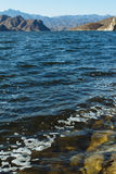 Blått lake i berg Royaltyfria Bilder