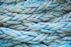 Blått nautiskt rep, närbildbakgrundstextur royaltyfri fotografi