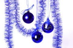 blått nytt år för bollar Royaltyfri Fotografi