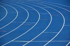 blått running spår Fotografering för Bildbyråer