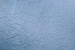 Blått skrynkligt papper arkivbilder