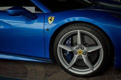 Blått slut för Ferrari 488 spindel upp Fotografering för Bildbyråer