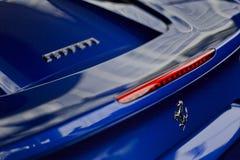 Blått slut för Ferrari 488 spindel upp Royaltyfria Foton