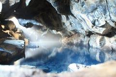 Blått varm grotta Royaltyfri Foto