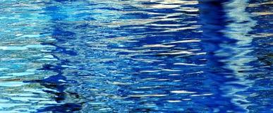 blått vatten Royaltyfria Bilder
