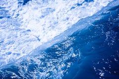 Blått vatten Fotografering för Bildbyråer