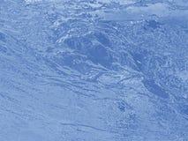 blått vatten för bakgrund Arkivbilder