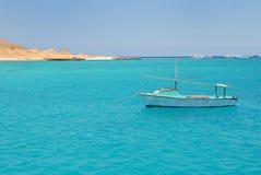 blått vatten för fartygegypt hav Arkivbilder