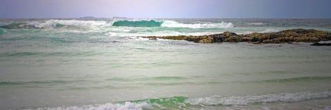 Blått vinkar panorama Royaltyfria Bilder