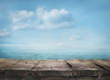 Blåtthav, Sky & moln Royaltyfri Foto