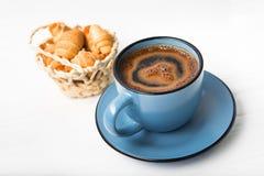 Blåttkaffe kuper royaltyfria foton