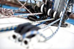 Blöcke und Seile Lizenzfreies Stockfoto