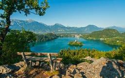 Blödd sjö, sikt från över Arkivbild