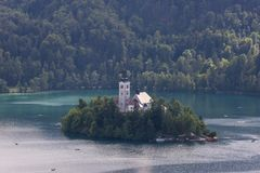Blödd slott i Slovenien Arkivfoton