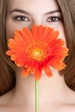 Blühen Sie Frau lizenzfreies stockbild