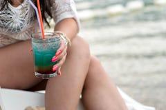 Bl? Hawaii drink royaltyfri bild