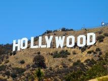 blå hollywood teckensky Arkivbilder