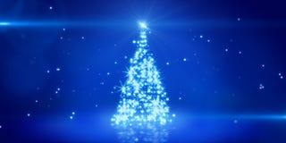 Blå ljus jultree Arkivfoton