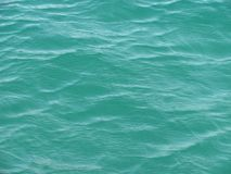 bl?tt krusningsvatten f?r bakgrund Black Sea n?gonstans royaltyfri fotografi