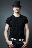 bla czarny przystojnego mężczyzna target900_0_ koszula t Fotografia Royalty Free