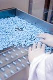 blåa pills Royaltyfri Foto