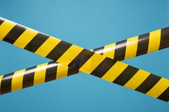 Free Black And Yellow Lines Of Barrier Tape Forbids Passage. Concept Of No Entry Royalty Free Stock Photos - 170851818