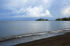 Black beach of Hilo Royalty Free Stock Photography