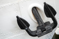 Black bow anchor on old white ship Royalty Free Stock Photos
