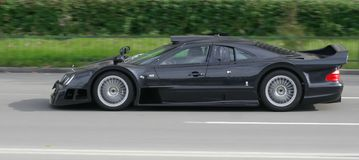 black car i race Στοκ Φωτογραφίες