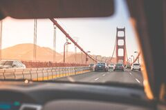Black Cars on Golden Gate Bridge at Daytime Royalty Free Stock Photos