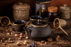 Black cast iron teapot Royalty Free Stock Photography