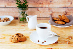 Black coffee and cookies for breakfast Royalty Free Stock Images