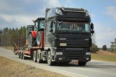 Black DAF XF Semi Trailer Transports Machinery Stock Photos