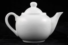 black den isolerade teapoten Royaltyfria Bilder