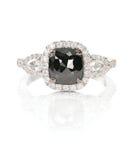 Black diamond onyx fashion wedding engagement ring Royalty Free Stock Photo