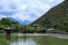 Black Dragon Pool Park-Lijiang old town scene Stock Photos