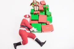 Black Friday 2016, śmieszny Santa dostarcza prezent dziewczyny i pudełka Obraz Royalty Free