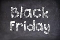 Black Friday escrito no quadro-negro Foto de Stock