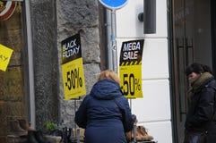 BLACK FRIDAY-KLANTEN IN KOPENHAGEN DENEMARKEN Stock Afbeeldingen