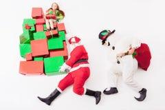 Black Friday 2016, Santa i bałwan dostarcza prezentów pudełka, Zdjęcie Stock
