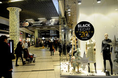 BLACK FRIDAY SHOPPERS AT FIELD SHOPPING CENTER Royalty Free Stock Photos